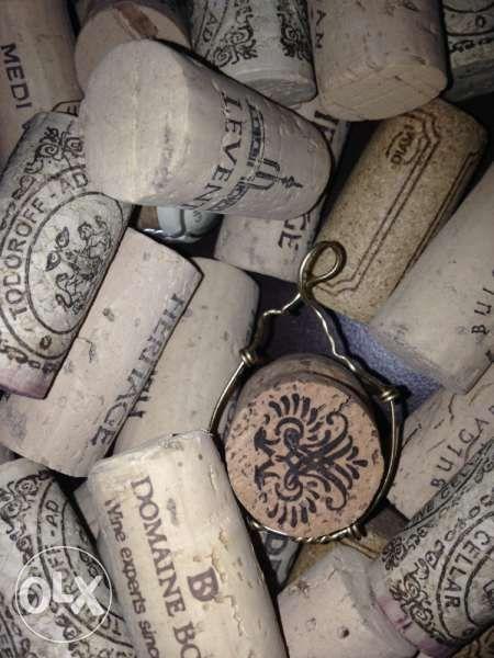 Продавам коркови и стъклени тапи от вина и шампанско, всякакви видове! гр. София - image 5