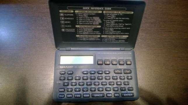 Електронен органайзер SHARP