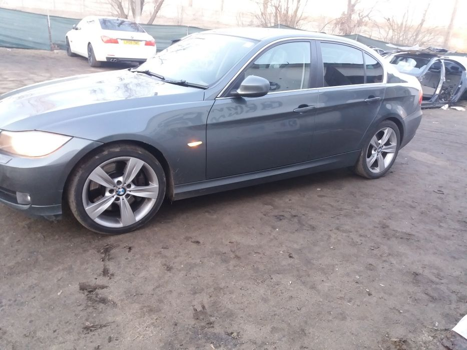 Dezmembrez bmw e90 lci facelift 330d 245cp n57d30a automat Craiova - imagine 5