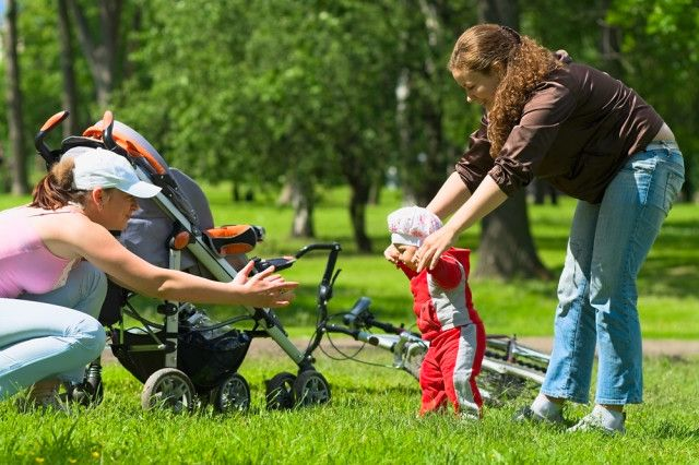Como os pais (e mães) podem trabalhar em conjunto com as babás?