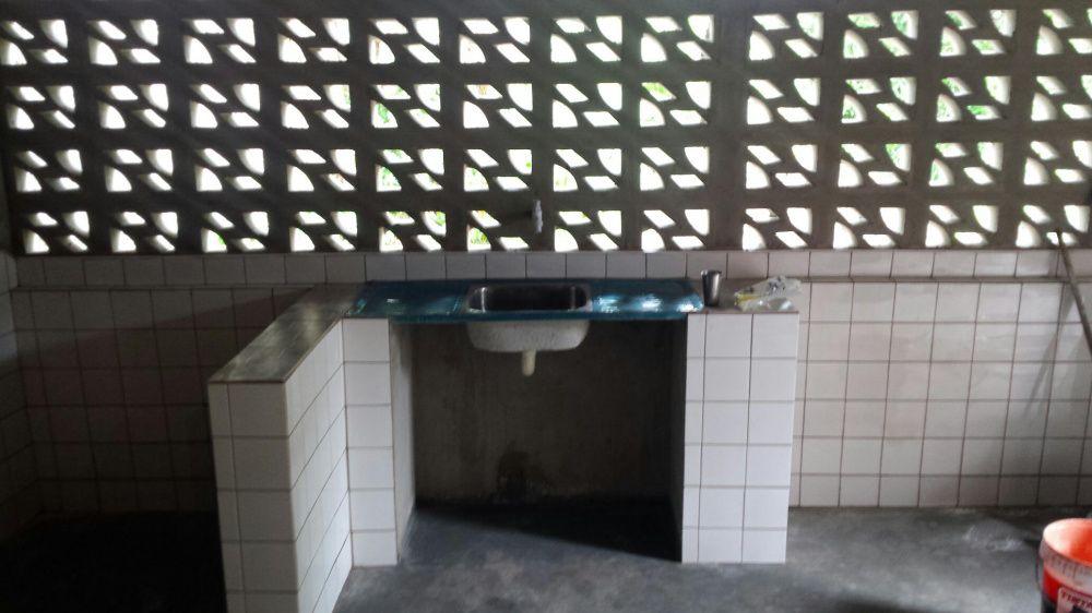 arrenda se dependência tipo 2 no condomínio de 5 casas novas em m. rio