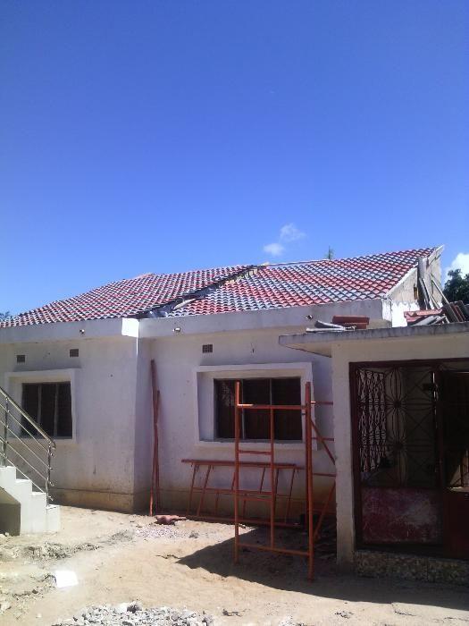 fazemos cobertuas de capim telha ,esplanadas ,comueiras e muito mais