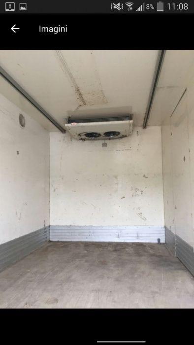 Închiriez masina frigorifica