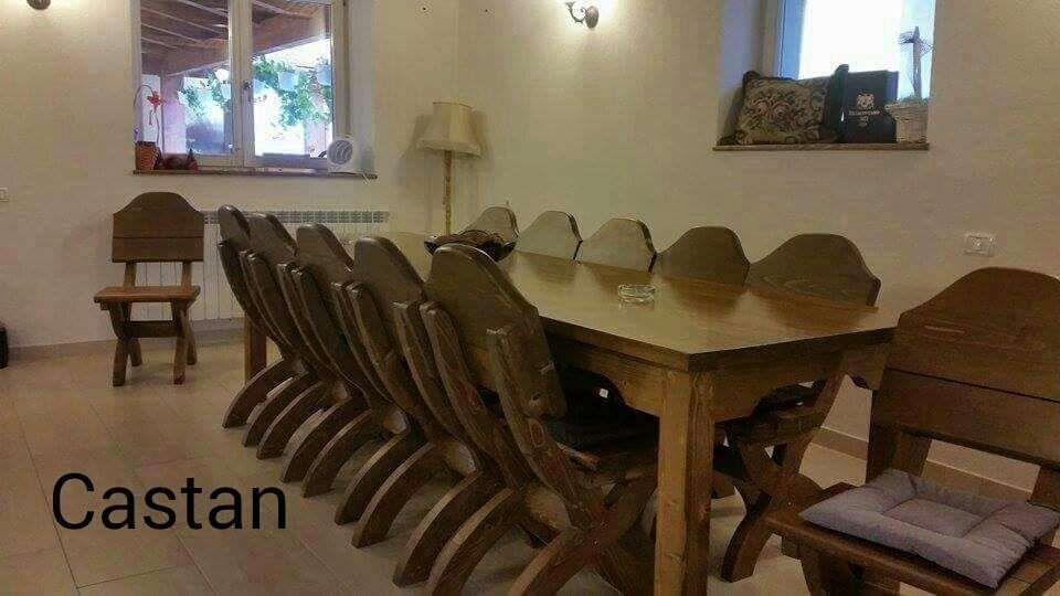 Masa si scaune