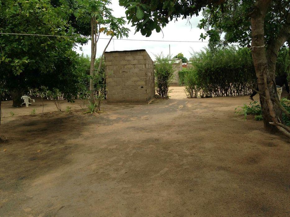 Casa tipo,20/40 zona parcelada e comercial com varios projeto