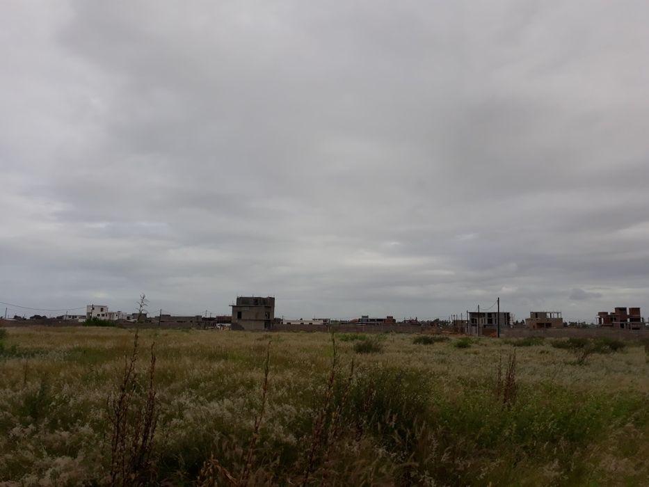 Terrenos no Chiango / Costa do sol a Berma da Estrada com D.U.A.T Maputo - imagem 4
