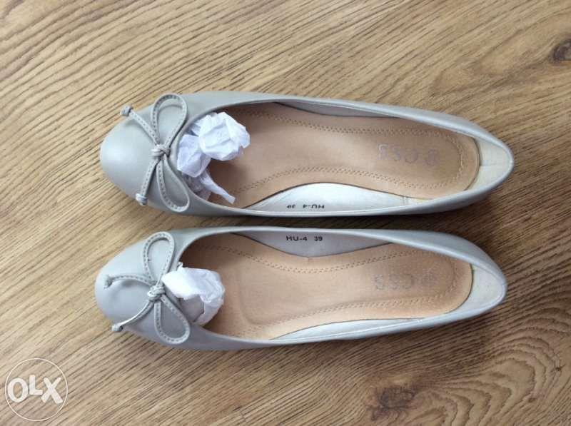 Обувки балерина в сиво с панделка