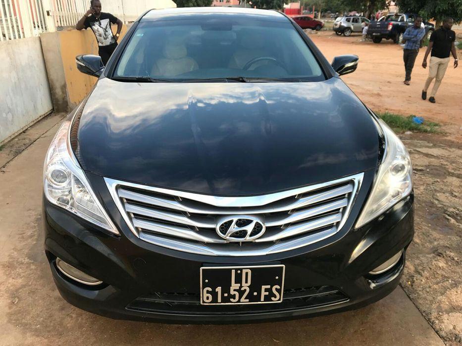 Vende-se esta Viatura de marca Hyundai modelo Azera V6