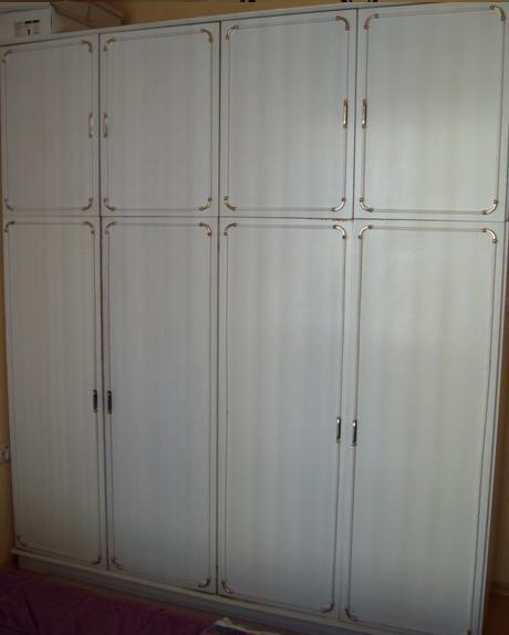 четрикрилен гардероб с надстройка