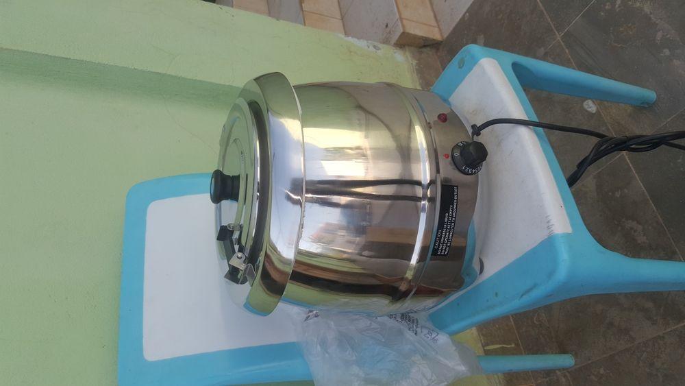 Panela de sopa a Vende de Pressão de 10Litro novo na Caixa Bom pre