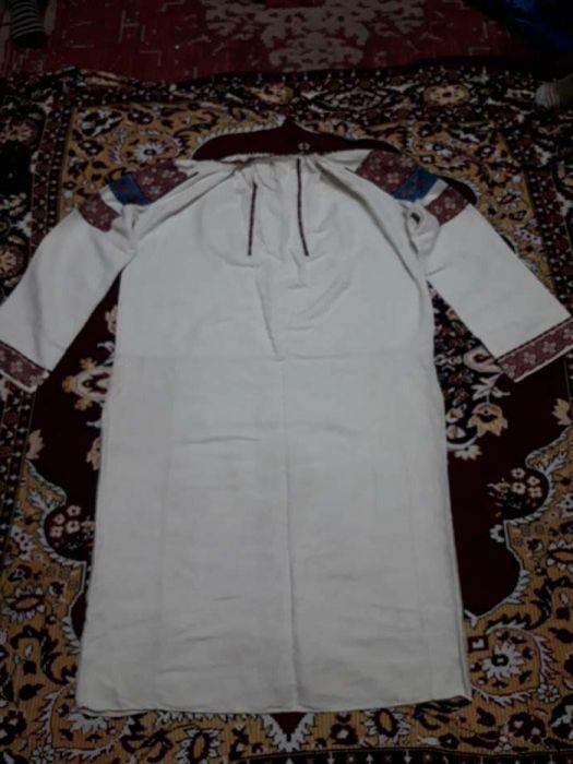 Costum popular de dama Radauti - imagine 3