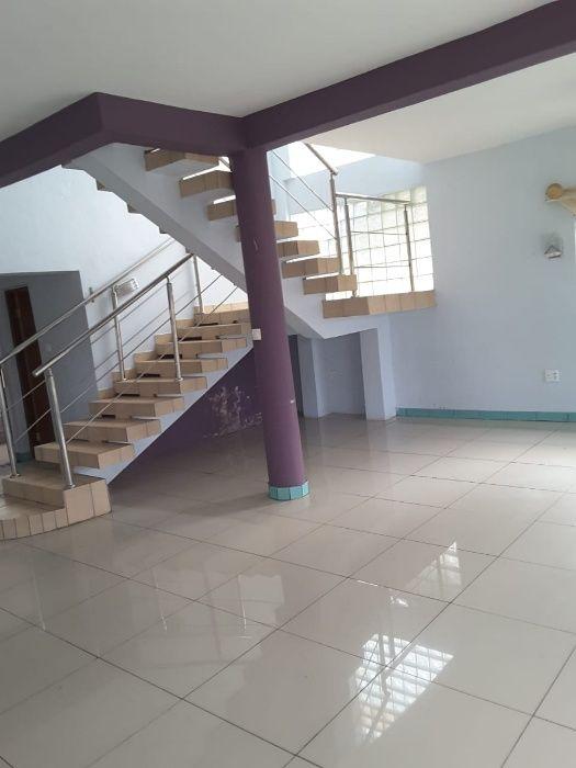 ALUGA -SE casa Tipo 5 com Suite+Garagem+5 varandas+4 WC, NOVA Inhambane - imagem 2