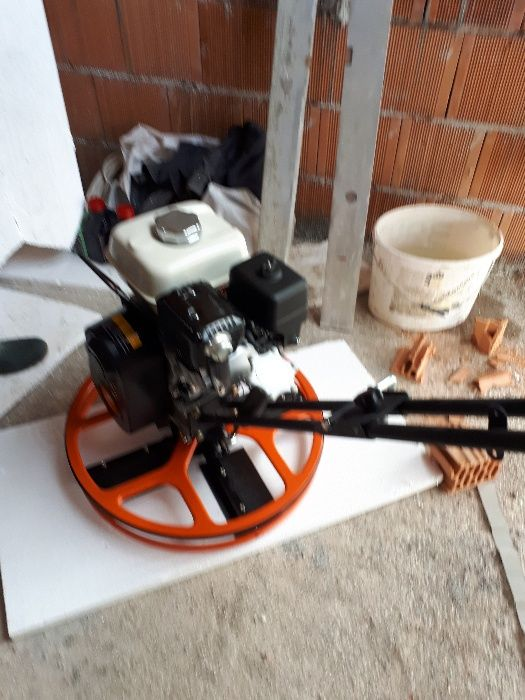 Inchiriem elicopter pentru sapa Honda GH 160 /600 mm .Cu 250 lei pe zi