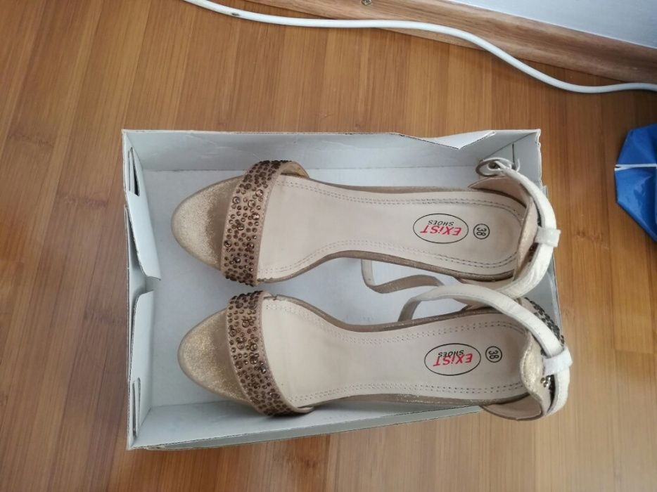 Sandale aurii, marimea 38