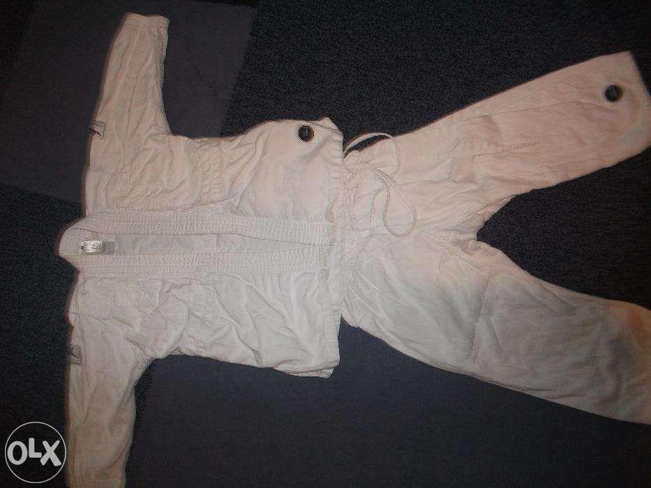 Costum karate 5-7 ani