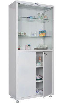 Медицинский шкаф, столик, кушетка, тележки.