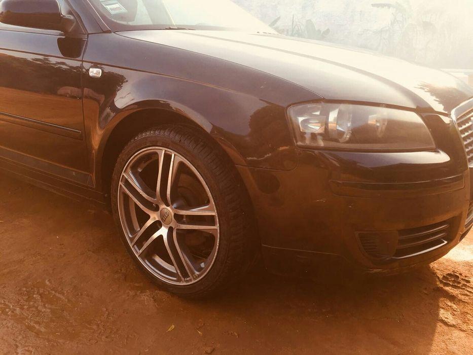Vendo este Audi impecável a bom Preço