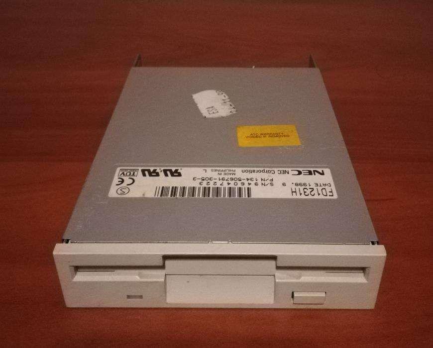Floppy disk FDD 3,5'' NEC