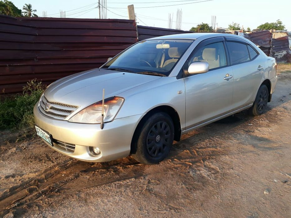 Toyota Allion a venda
