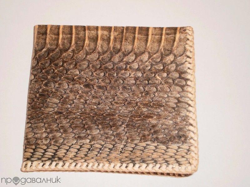 Мъжки портфейл от естествена кожа на питон,нов