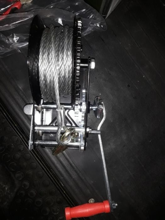 Troliu platforme Ridica 2100 kg pe platforma probat de mine