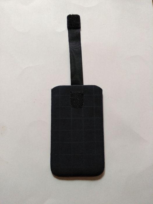Husă tip pouch (săculeţ) pentru smartphone
