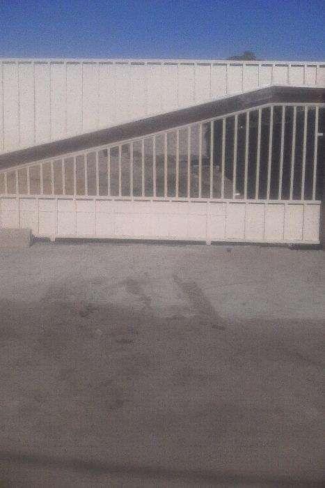 Fabrico de portões de acesso, garagem e gradeamento