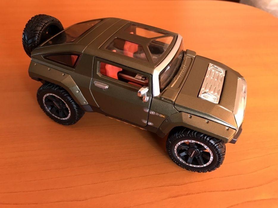 Macheta superba originala Maisto Hummer Hx 1:27 la cutie