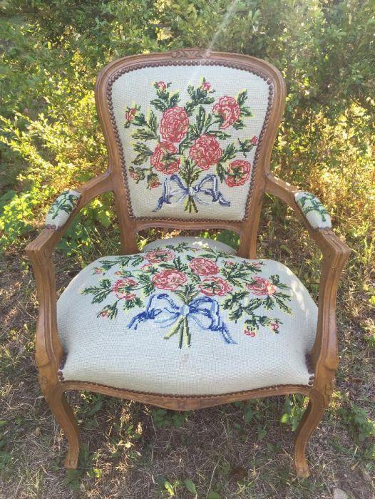 """Старинно кресло в стил """"Луи XV"""""""
