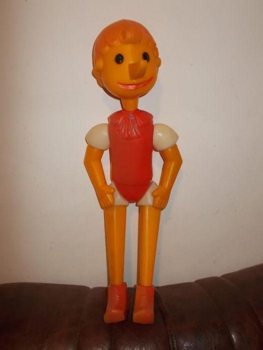 Buratino Pinocchio jucarie plastic papusa ruseasca