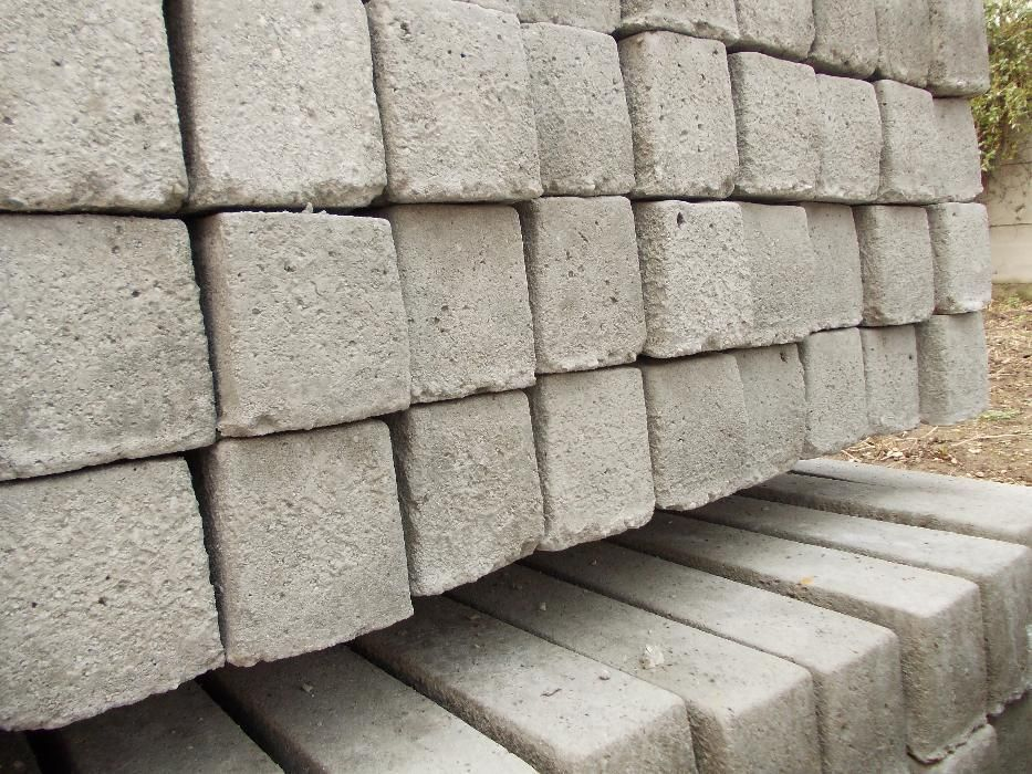 Stalpi de beton de vanzare Oradea - imagine 2
