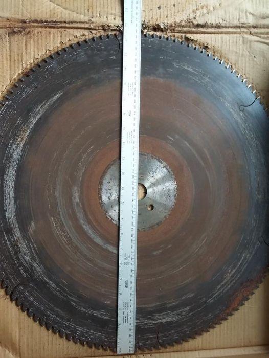 Disc circular 550mm Rotox debitat profile aluminiu PVC
