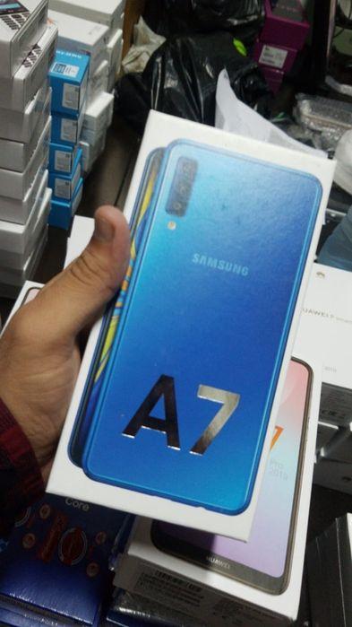 A7 2018 na caixa com todos acessórios