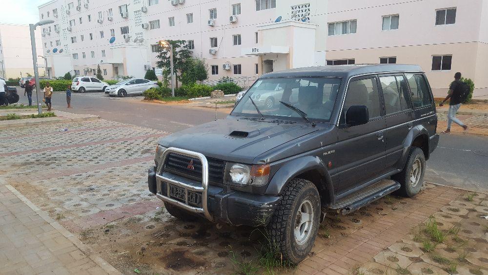 Vende-se um Pajero/Kilamba/Luanda