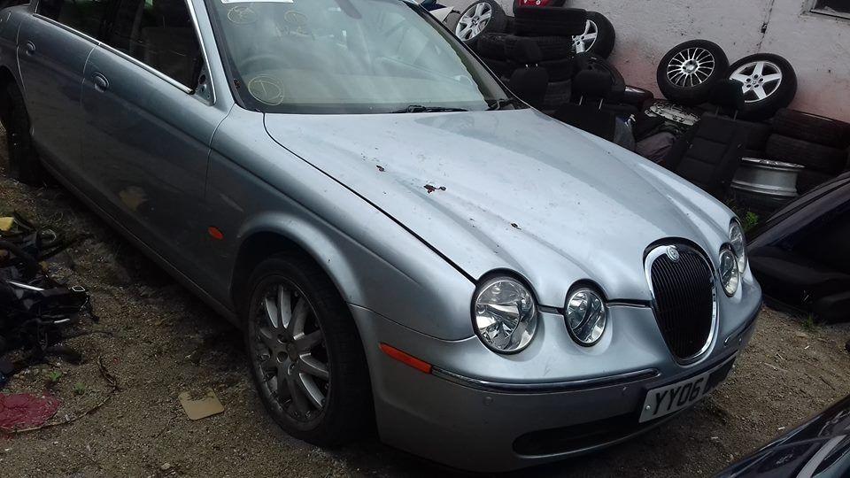 Dezmembrez Jaguar S-Type Motor 2.7L Cod motor AJD 2006 Full Option