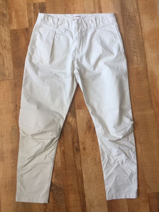 Vând pantaloni de dama Diesel