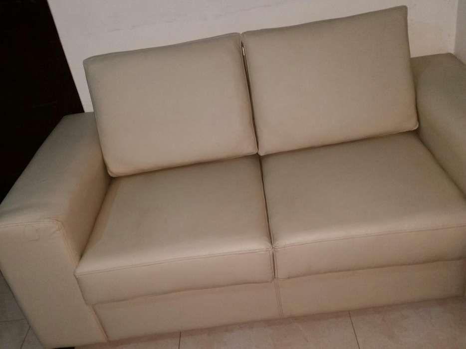 Sofa recem inportado