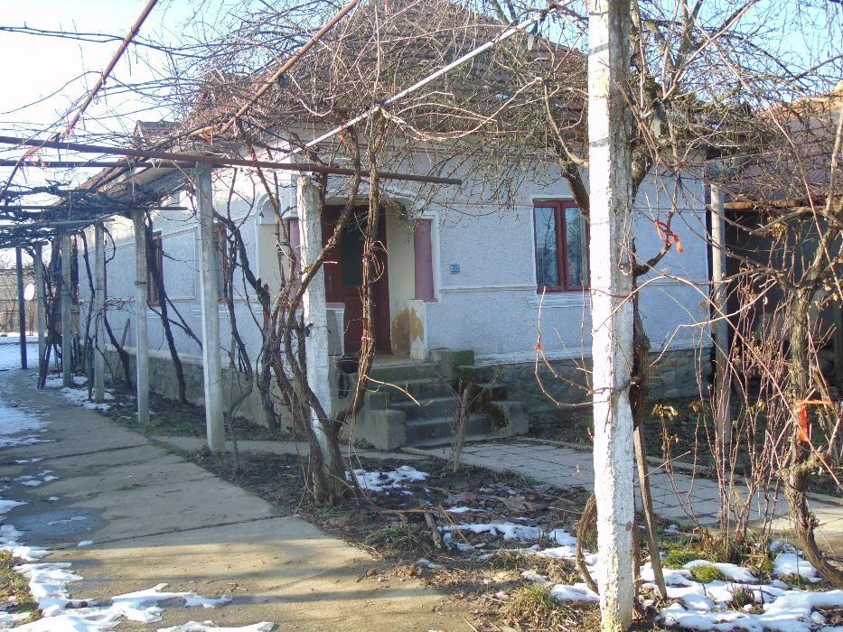 Vanzare  casa  3 camere Gorj, Pestisani  - 50000 EURO