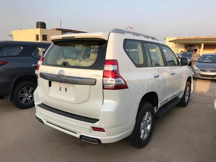 Toyota Land Cruiser nova 0km A venda