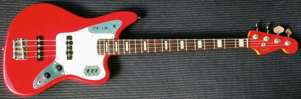 Chitara bass Fender