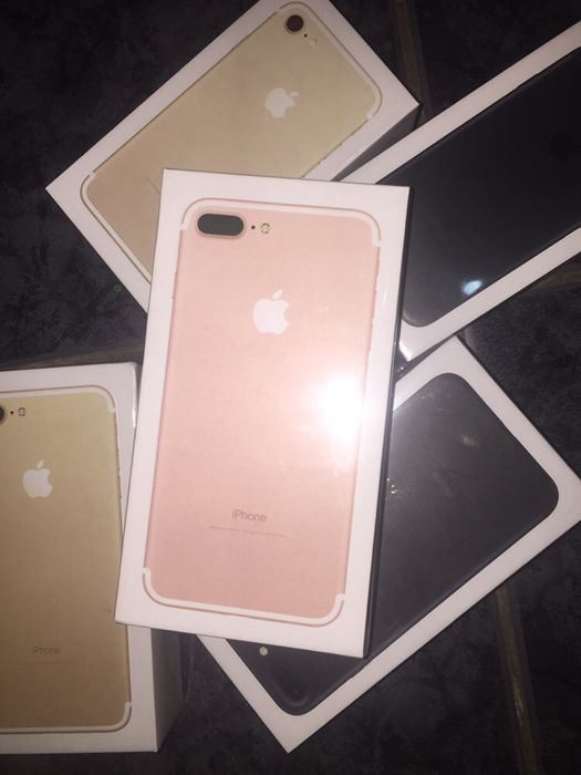 Apple iPhone 7 Plus 32Gb na caixa selado .