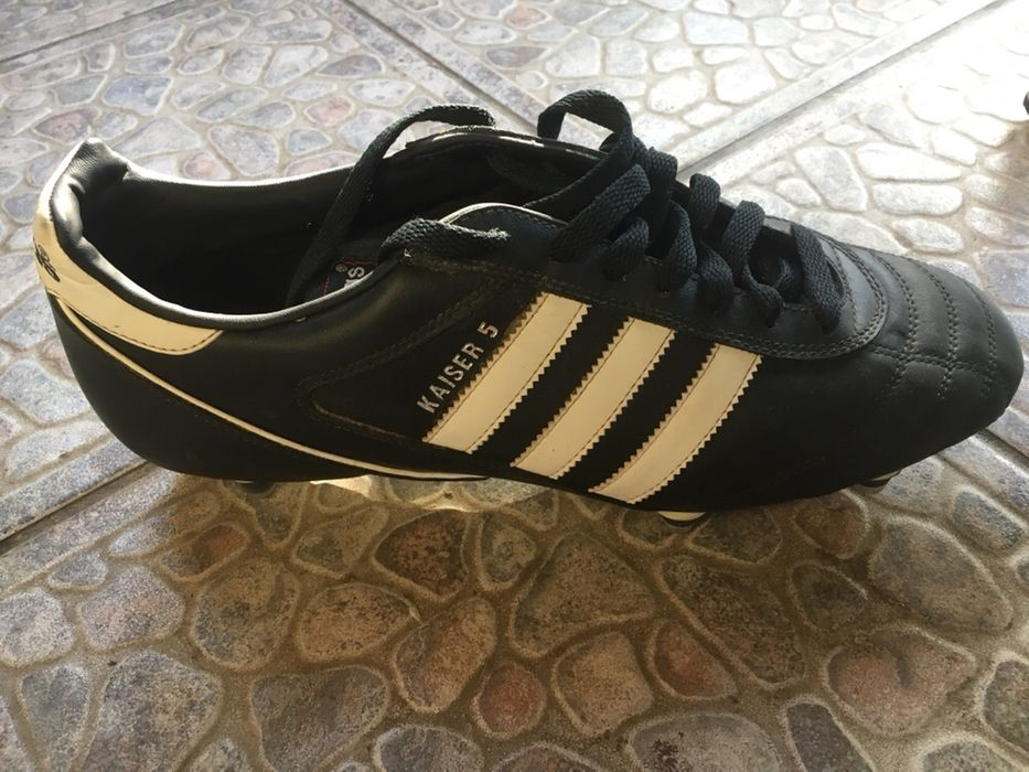 Ghete de fotbal Adidas Kaiser 5. 44.2/3