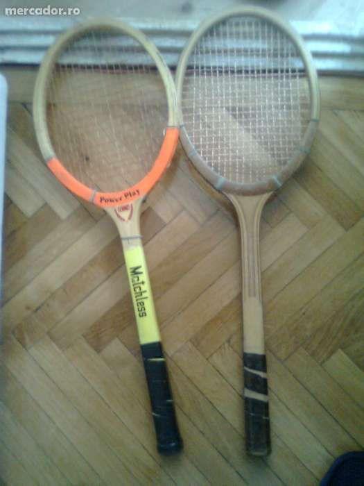 Vind palete rachete tenis de cimp / camp, Germania 100 lei bucata