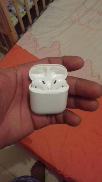 Airpods fone sem fios wireless Apple Sime Novo...