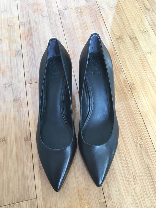 Pantofi Guess originali