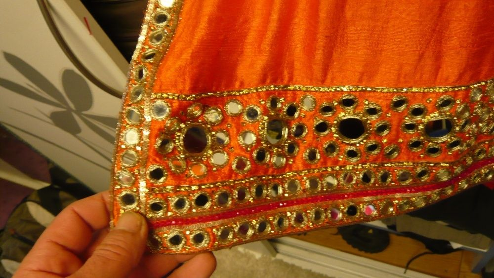 vand costum indian ptr dame complect
