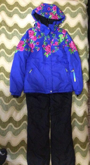 Продам зимний спортивный женский костюм