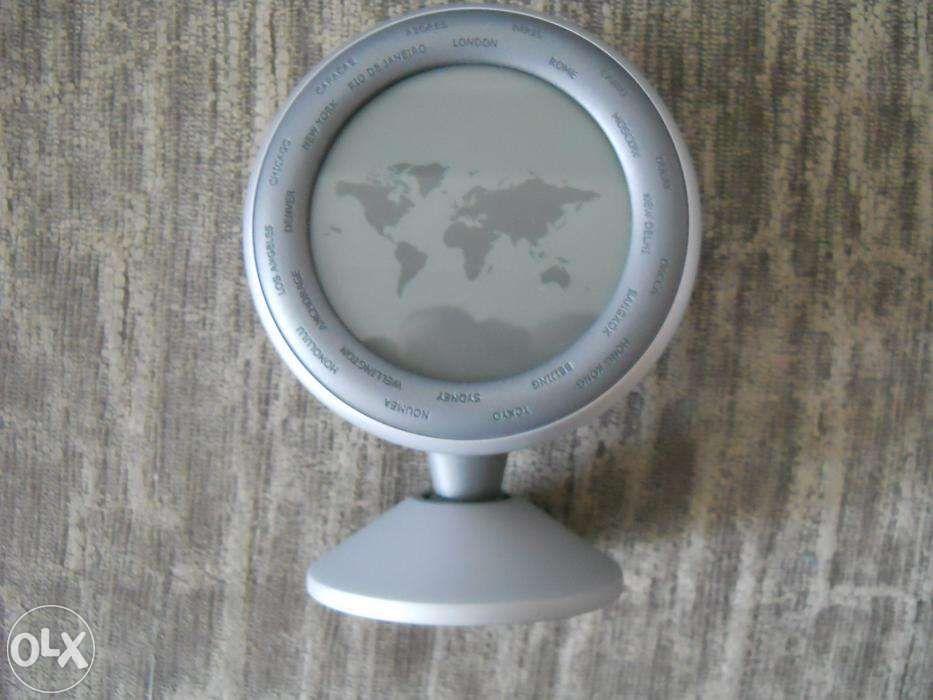 Ceas de birou - press papier Ora pe Glob, absolut nou