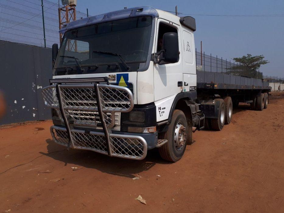 Camião Volvo Tem dos os Documentos