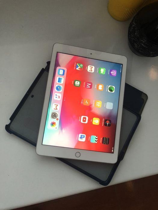 Ipad 5 com 32gigas Wi-Fi super super limpo ou seja em ótimas condições Malhangalene - imagem 1